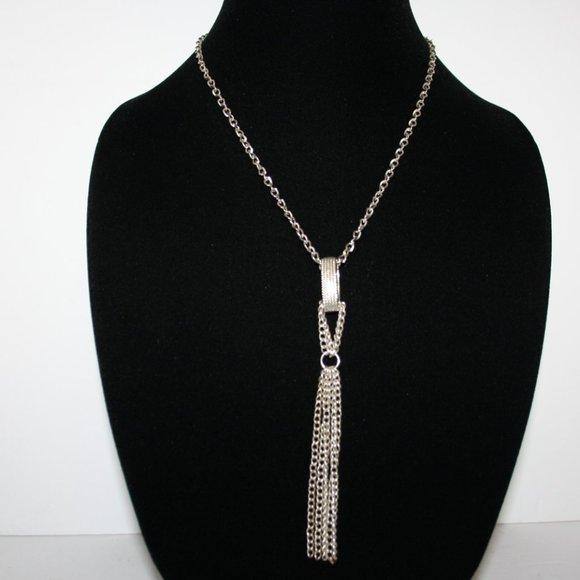"Beautiful long silver tassel necklace 32"""